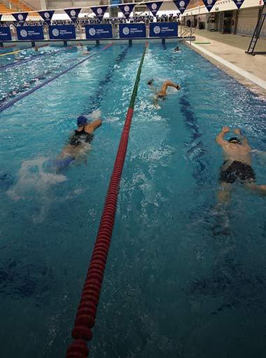 Szkolenia specjalistyczne, nauka i doskonalenie pływania